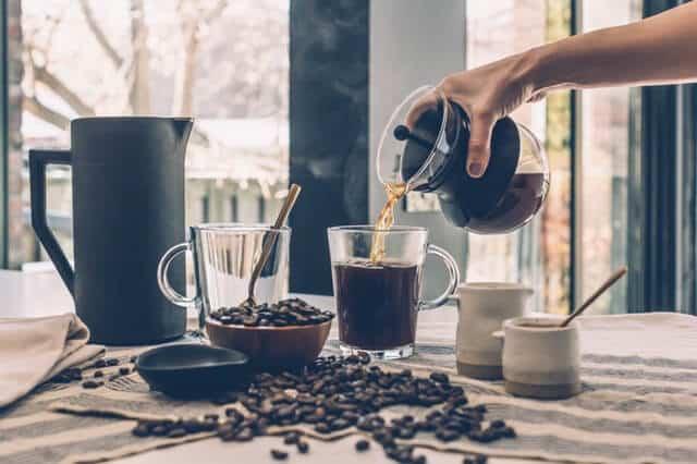 Cómo limpiar una cafetera